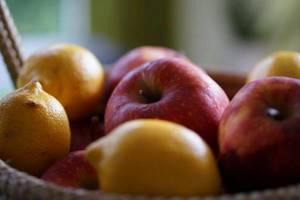 какие витамины в яблоках и грушах