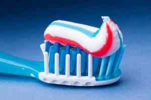 что означает черная полоска на зубной пасте